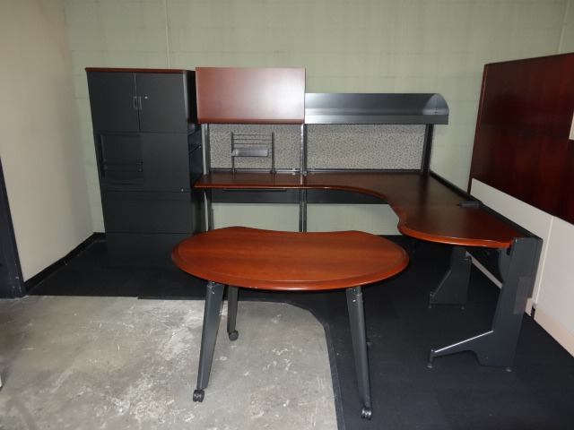 Herman Miller Passage Private Offices Creative Business Interiors New And Used Office Furniture